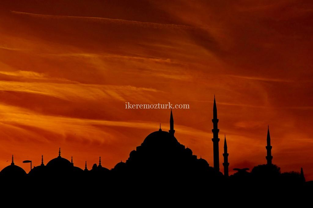 SUNSET-IN-ISTANBUL-1024x681